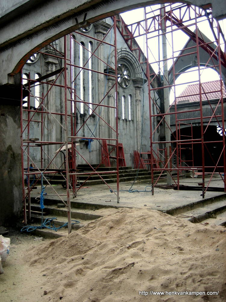 Building a new church in Sulangan
