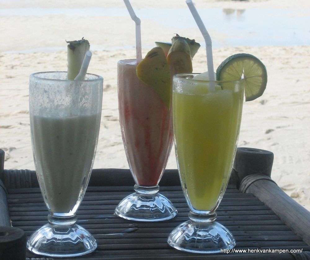 Tropical drinks on the beach, Boracay
